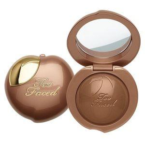 Too Faced Bronzed Peach melting powder bronzer